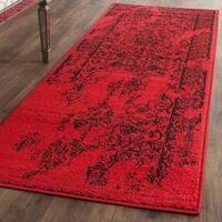Safavieh Adirondack Vintage Overdyed Red/ Black Runner Rug - 2' 6 x 10'