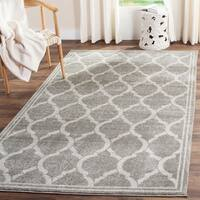 Safavieh Indoor/ Outdoor Amherst Grey/ Light Grey Rug - 9' x 12'