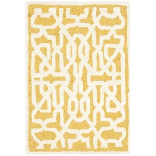 Safavieh Handmade Cambridge Gold/ Ivory Wool Rug (2' x 3')
