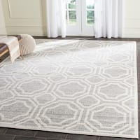 Safavieh Indoor/ Outdoor Amherst Light Grey/ Ivory Rug - 9' x 12'
