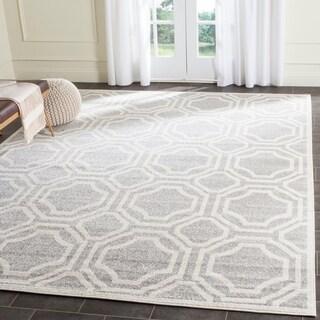 Safavieh Indoor/ Outdoor Amherst Light Grey/ Ivory Rug (9' x 12')