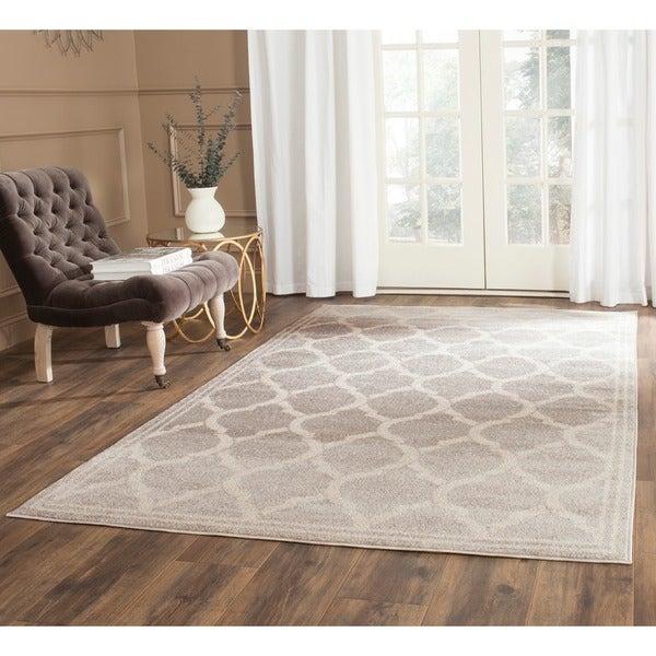 Safavieh Indoor/ Outdoor Amherst Light Grey/ Ivory Rug (8' x 10')