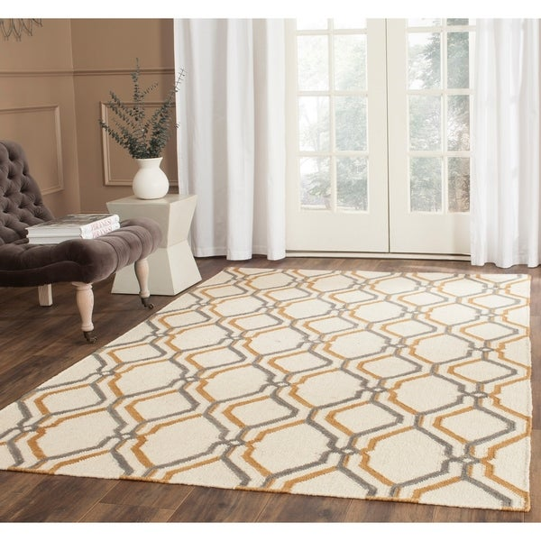 Safavieh Hand-woven Dhurries Ivory/ Blue Wool Rug - 4' x 6'
