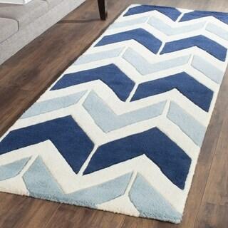 Safavieh Handmade Chatham Dark Blue/ Light Blue Wool Rug (2'3 x 7')