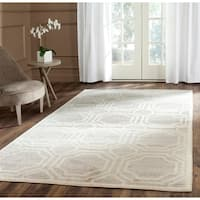 Safavieh Indoor/ Outdoor Amherst Light Grey/ Ivory Rug - 6' x 9'