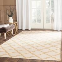 Safavieh Hand-woven Dhurries Ivory/ Gold Wool Rug - 8' x 10'