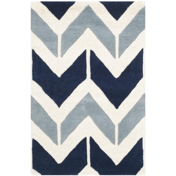 Safavieh Handmade Chatham Dark Blue/ Light Blue Wool Rug - 3' x 5'