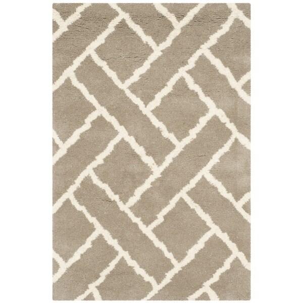 Safavieh Handmade Chatham Beige/ Ivory Wool Rug (3' x 5')