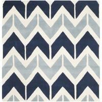 Safavieh Handmade Chatham Dark Blue/ Light Blue Wool Rug - 5' Square