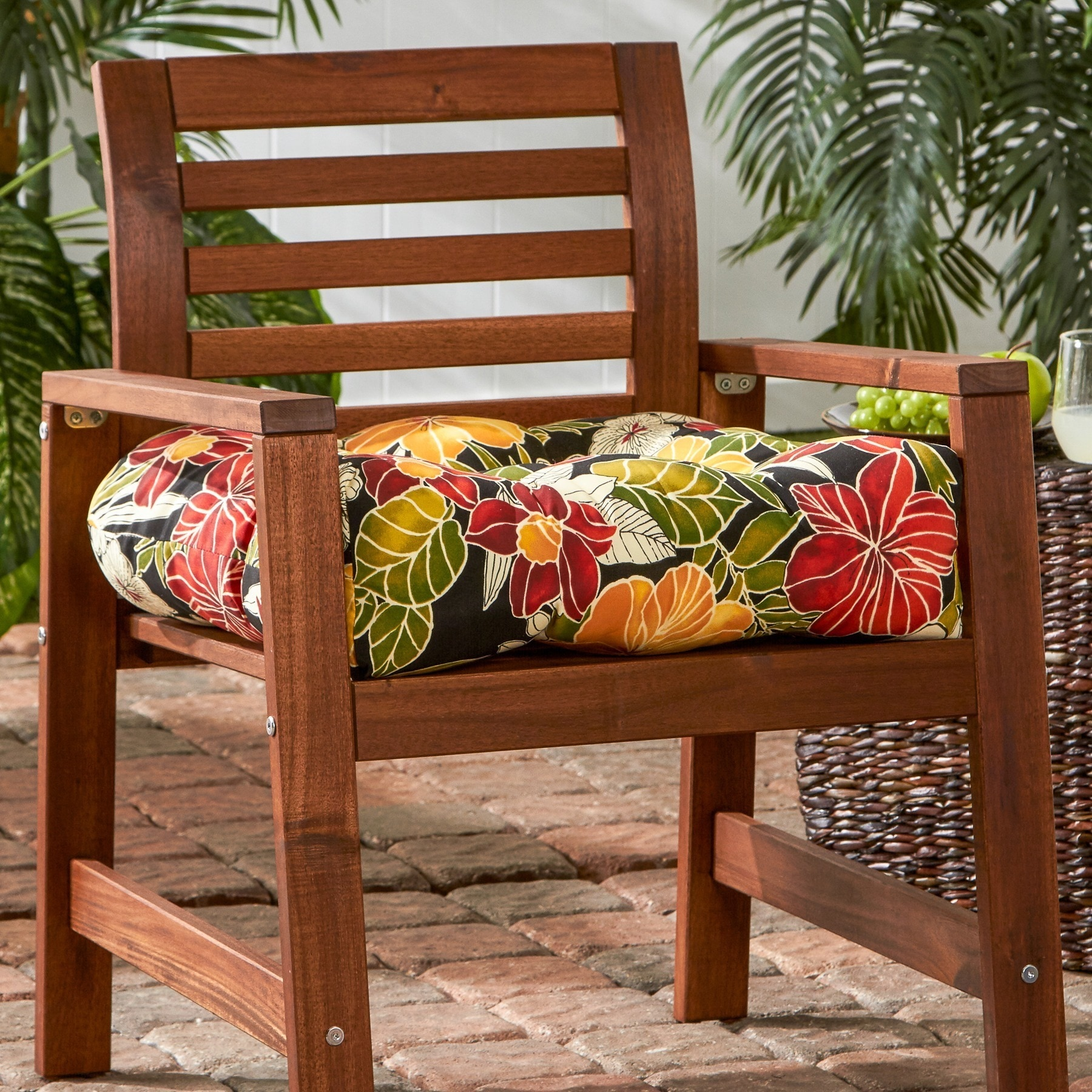 Shop Aloha Tropical Pattern 20 Inch Outdoor Chair Cushion Free