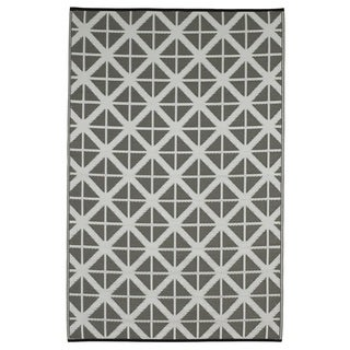 Indo Manchester Paloma and White Recycled Plastic Area Rug (6' x 9')