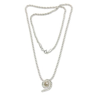 Handmade Sterling Silver 'Small White Passion Fruit' Pearl Necklace (Indonesia)