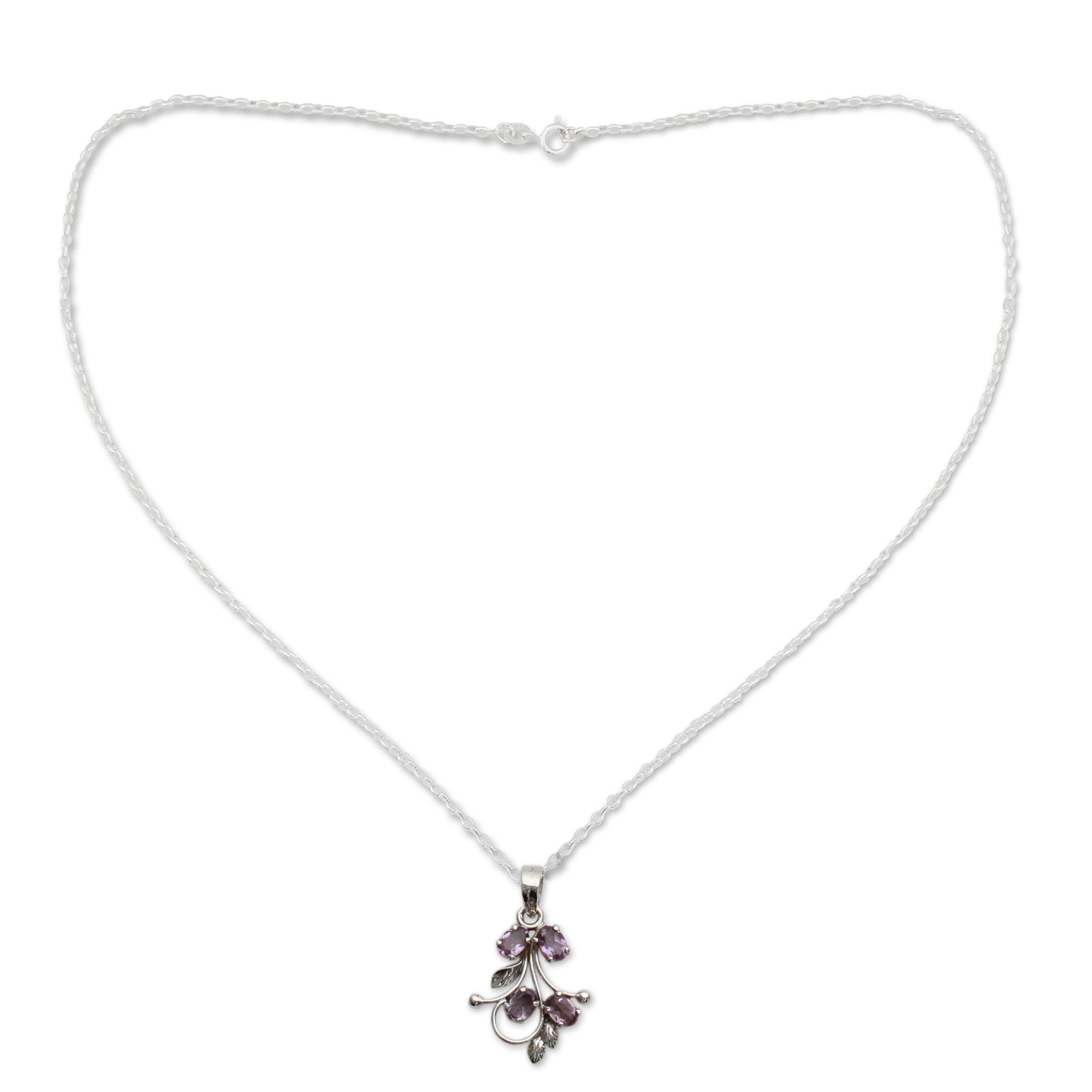 18 Glitzy Star NOVICA .925 Sterling Silver Pendant Necklace