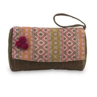 Handmade Cotton 'Rose Maya Zigzags' Wristlet Handbag (Guatemala)
