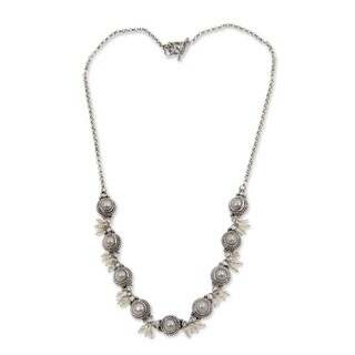 Handmade 'Moons and Shooting Stars' Pearl Link Necklace (2.5-6 mm) (Indonesia)