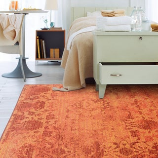 Faded Floral Relief Orange/ Pink Area Rug (6'7 x 9'1)