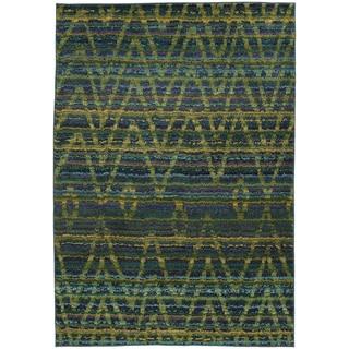 Tribal Chevron Etchings Green/ Blue Rug (4' x 5'9)