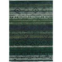 "Tribal Etchings Green/ Blue Rug (7'10 x 10'10) - 7'10"" x 10'10"""