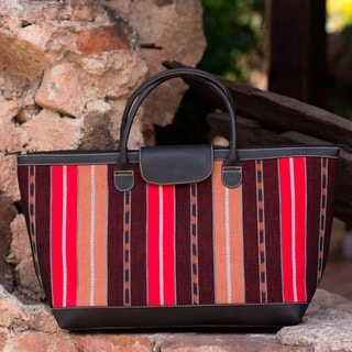Handcrafted Leather Accent Cotton 'Wandering' Handbag (Guatemala)