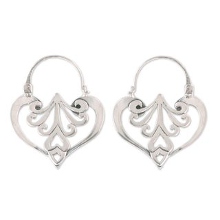 Handcrafted Sterling Silver 'Taxco Romance' Earrings (Mexico)