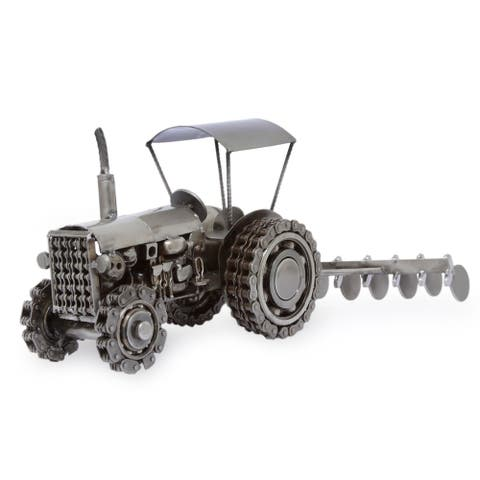 "Handmade Auto Parts 'Rustic Farming Tractor' Sculpture (Mexico) - 7""x8.75"""