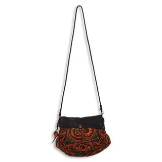 Handmade Leather Accent Embroidered 'Mandarin Smile' Shoulder Bag (Thailand)