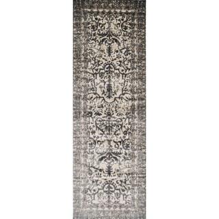 Kingsley Floral Ornamental Ironwork Runner Rug (2'6 x 7'7)