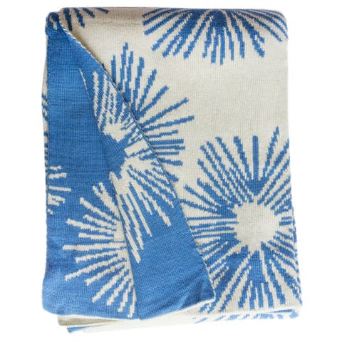 Handmade Lilydale Knit Light Blue and White Floral Cotton Throw(India)