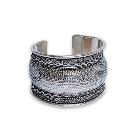 Handmade Textured Curved Silverplated Cuff Bracelet (India)