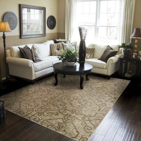 """Heritage Faded Traditional Beige/ Grey Rug (6'7 X 9'6) - 6'7"""" x 9'6"""""""