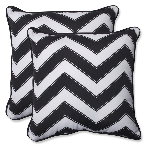 Shop Pillow Perfect Outdoor Chevron Black White 18 5 Inch Throw