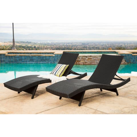 Abbyson Palermo Outdoor Black Wicker Chaise Lounge (Set of 2)