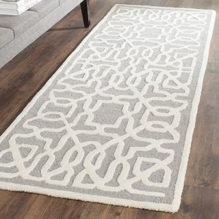 Safavieh Handmade Cambridge Silver/ Ivory Wool Rug (2'6 x 8')
