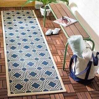 Safavieh Courtyard Navy/ Beige Indoor/ Outdoor Rug (2'3 x 8')