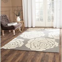 Safavieh Handmade Cambridge Dark Grey/ Ivory Wool Rug - 6' Square