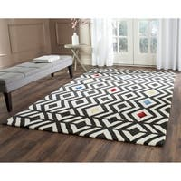 Safavieh Hand-Tufted Soho Beige/ Charcoal Wool/ Viscose Rug (5' x 8') - 5' x 8'