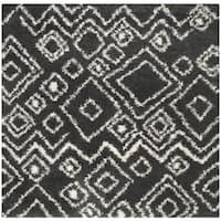 """Safavieh Belize Shag Charcoal/ Ivory Moroccan Rug - 6'7"""" x 6'7"""" square"""