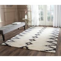 Safavieh Hand-Tufted Soho Ivory/ Dark Grey Wool/ Viscose Rug - 6' Square