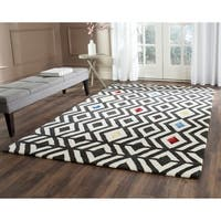 Safavieh Hand-Tufted Soho Beige/ Charcoal Wool/ Viscose Rug - 7'6 x 9'6