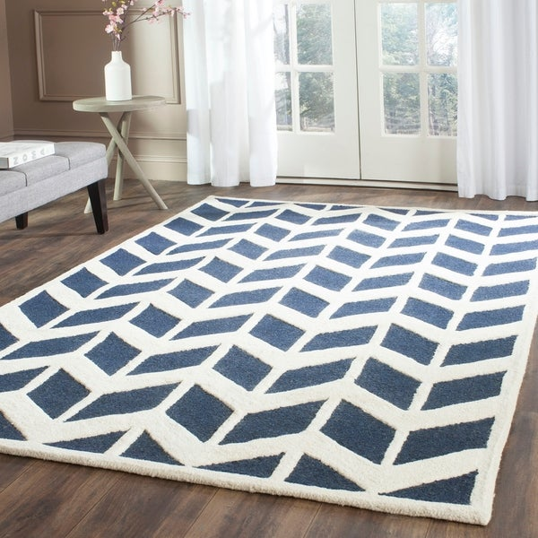 Safavieh Handmade Moroccan Cambridge Navy/ Ivory Wool Rug - 9' x 12'