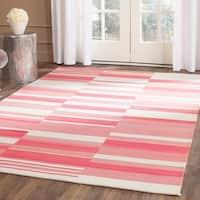 Safavieh Hand-Woven Kilim Pink/ Ivory Wool Rug - 9' x 12'