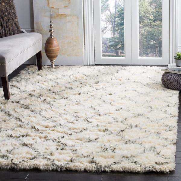 Safavieh Hand-Woven Kenya Ivory/ Grey Wool Rug - 9' x 12'