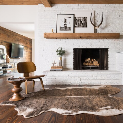 Faux Cowhide Camel Brown/ Beige Area Rug - 3'10 x 5'