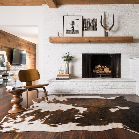 Faux Cowhide Brown/ Beige Area Rug - 5' x 6'6