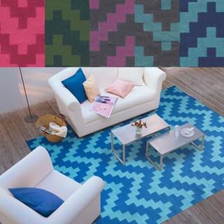 PANTONE Universe Matrix Flat-weave Geometric Chevron Wool Rug (3'6 x 5'6)