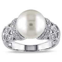 Miadora Silver Cultured White Pearl and 1/10ct TDW Diamond Ring (H-I, I2-I3)