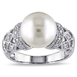 Miadora Silver Cultured White Pearl and 1/10ct TDW Diamond Ring (H-I, I2-I3) (2 options available)