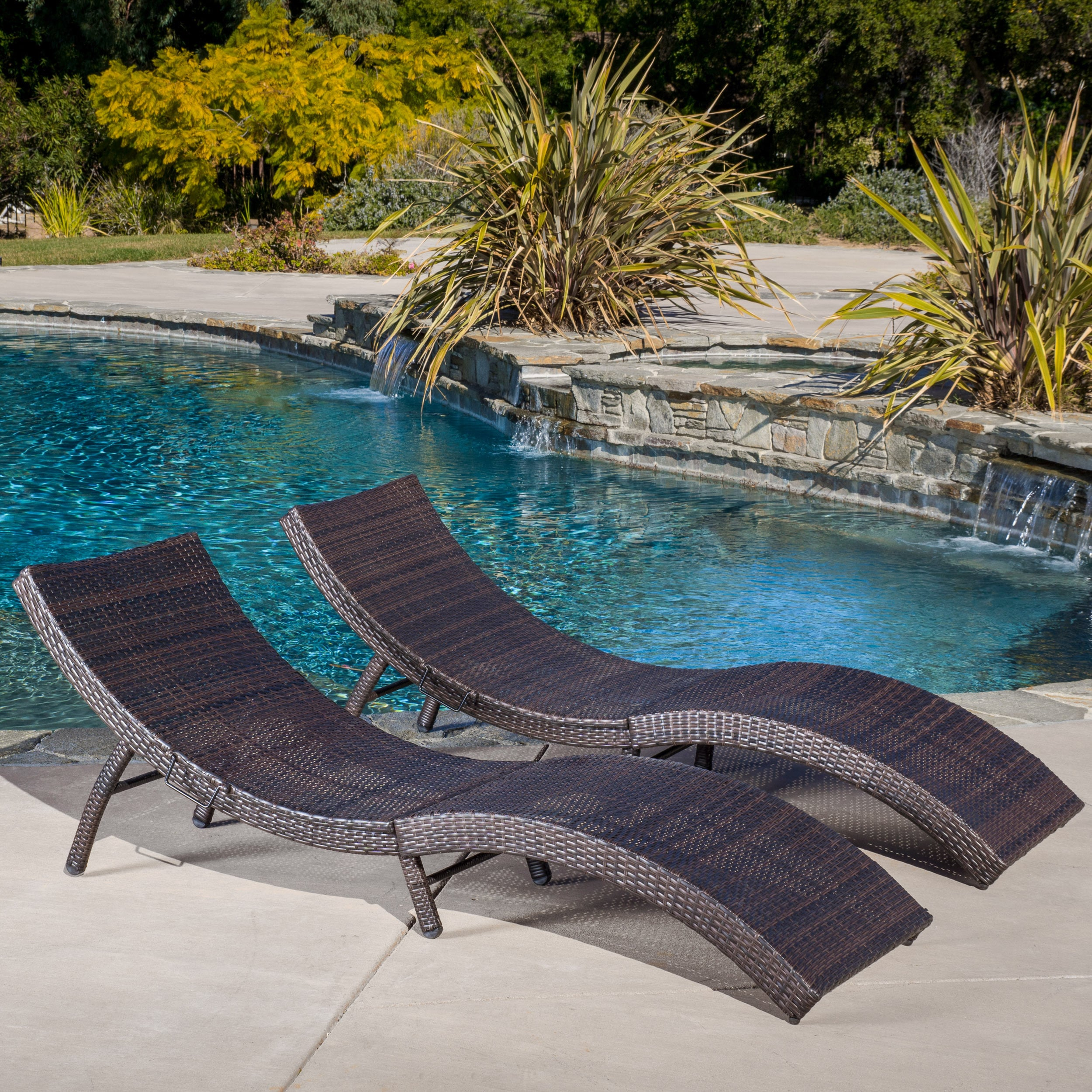 Awesome Acapulco Outdoor Transitional Folding Wicker Chaise Lounge Set Of 2 By Christopher Knight Home Camellatalisay Diy Chair Ideas Camellatalisaycom