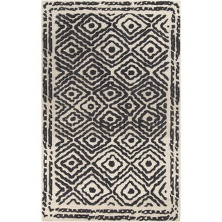 Hand-Knotted Katrine Indoor Wool Rug (5' x 8')