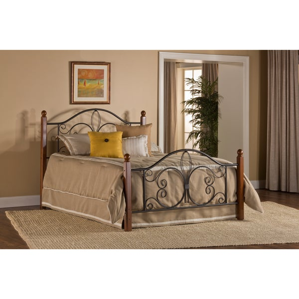 Furniture Outlet Milwaukee: Milwaukee Wood Post Headboard